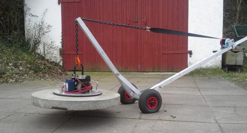 Smart løftevogn til dæksel kan betjenes af én mand